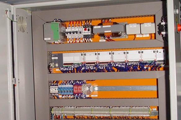 ME_software_e_hardware-controle_e_automacao_GALERIA_00003_V1